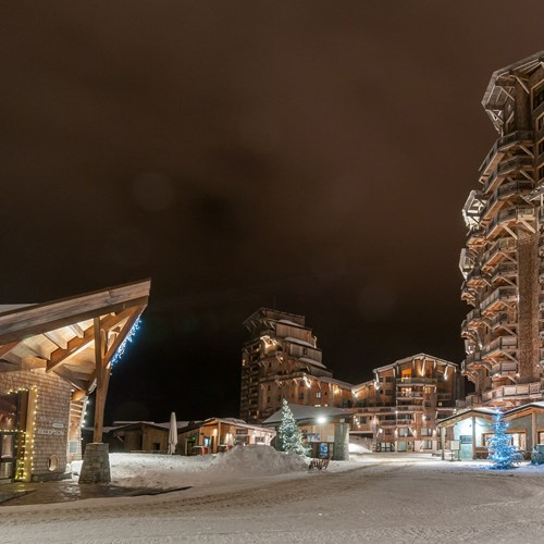 Residence L'Amara Avoriaz France night village slope