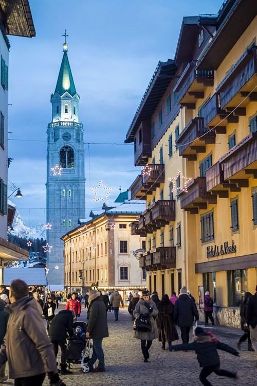Cortina-ski-holidays-Italy-village centre