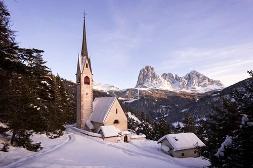 Ski in Selva Val Gardena, Italy church