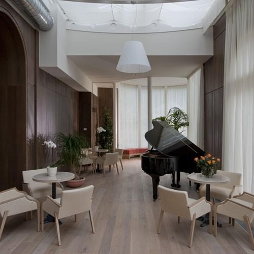 piano bar at the Grand Hotel Savoia Cortina