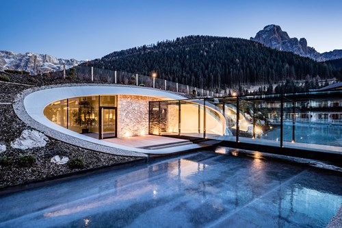 Luxury ski hotel, Alpen Royal, Selva