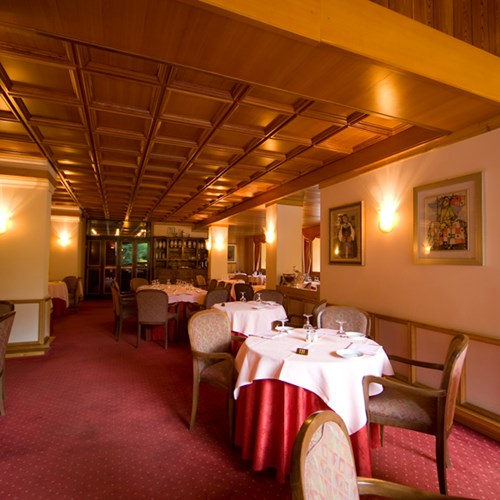 restaurant at Hotel Pavillon Courmayeur