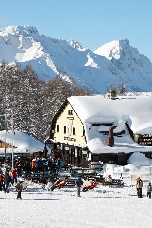sauze d'oulx apres ski and mountain restaurants
