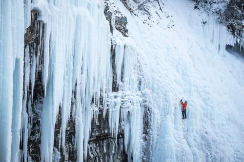 johnson canyon ice climbing