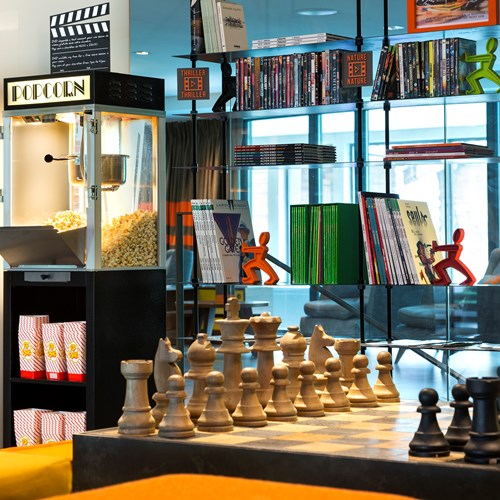 Hotel Heliopic-Chamonix ski resort-popcorn machine and chess
