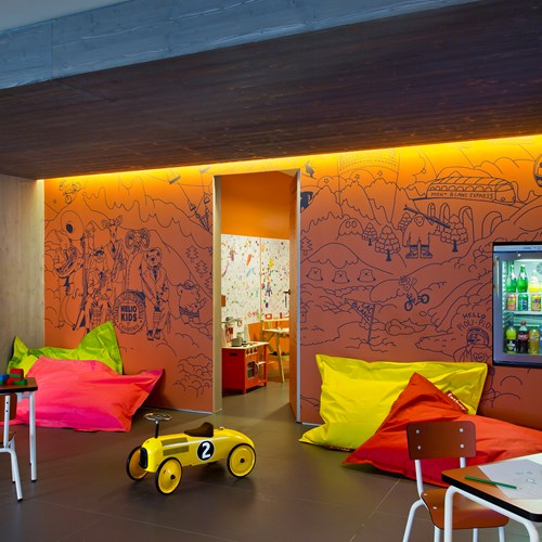 Hotel Heliopic-Chamonix ski resort-kids play area