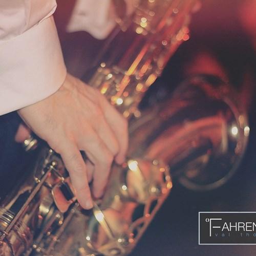 Fahrenheit-Seven-Val-Thorens-live saxophone