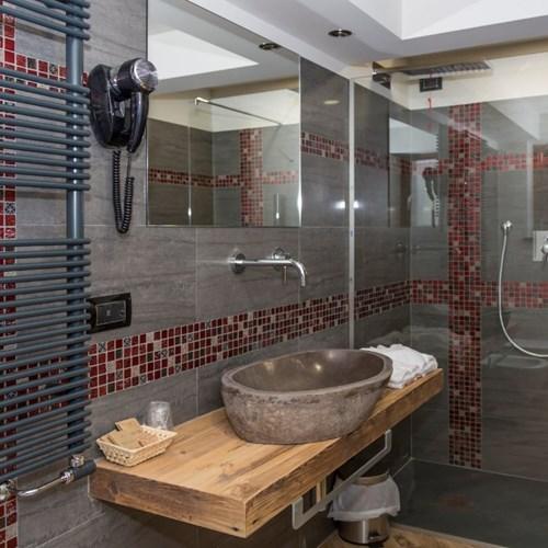 Hotel K2 Sauze d'Oulx bathroom