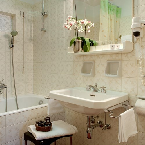 Bathroom in the Hotel Cortina ski accommodation
