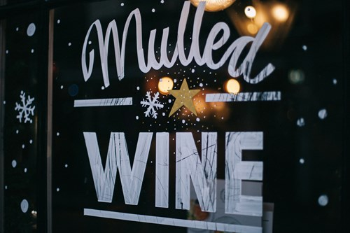 Christmas ski stop for mulled wine