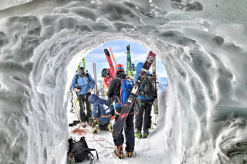 Entrance to the vallee blanche-off-piste ski guiding in Chamonix