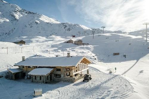 Ski in ski out luxury at chalet des cascades, Les Arcs