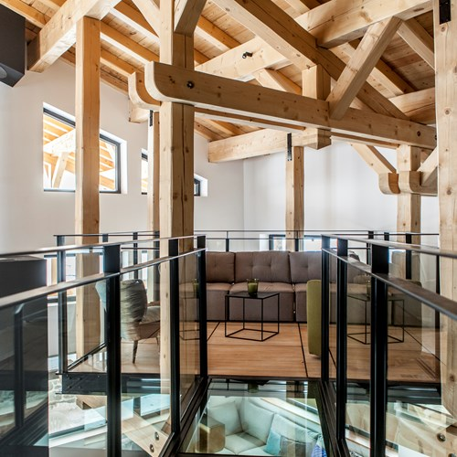 Flexiski Operated Chalet Des Cascades Les Arcs Floating Mezzanine