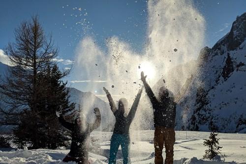 Thowing snow in Chamonix