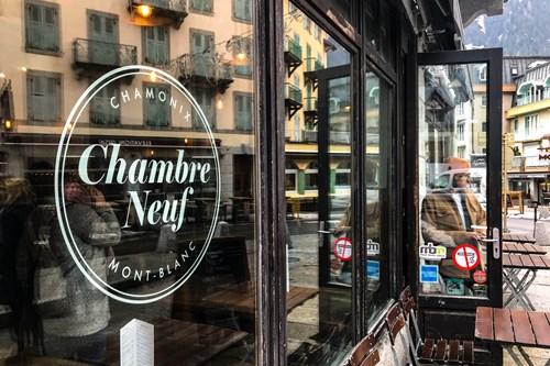 Chamonix Photoshoot chambre neuf