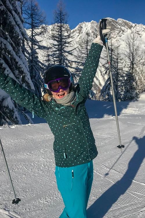 201801 Chamonix Skiing ailsa yey.jpg