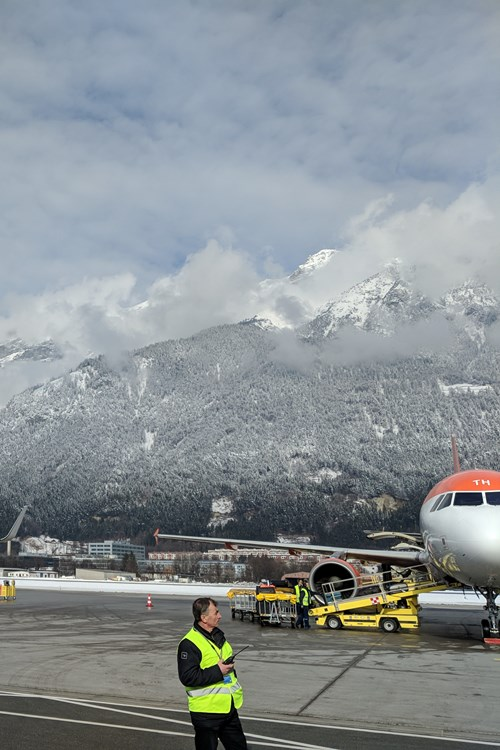 Ski resorts near Innsbruck airport, Innsbruck airport in the mountains