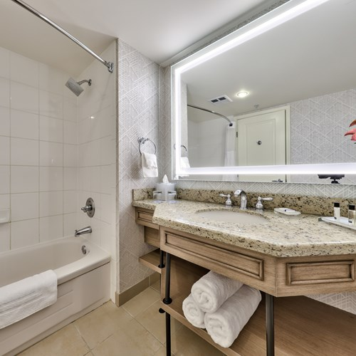 Sun Peaks Grand - bathroom.jpg