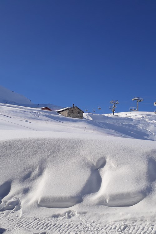 20.03.2018 Slopes View from Chalet 2.jpg