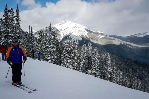 skiing in banff, alberta