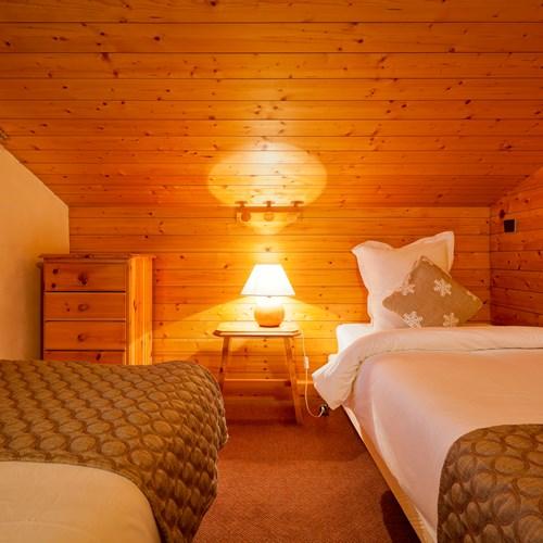 Hotel-Les-Flocons-Courchevel-France (8).jpg