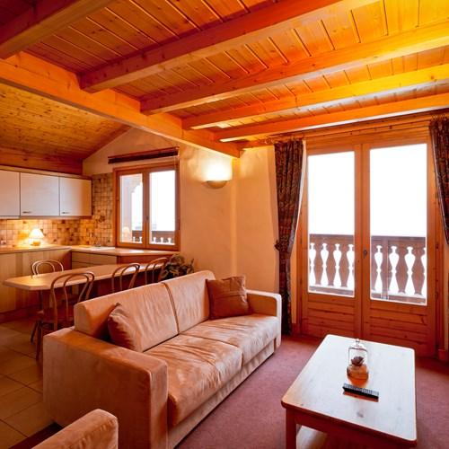 Hotel-Les-Flocons-Courchevel-France (20).jpg