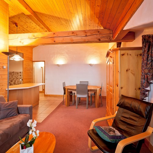 Hotel-Les-Flocons-Courchevel-France (29).jpg
