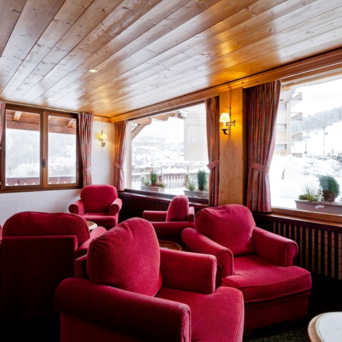 Hotel-Les-Flocons-Courchevel-France (34).jpg
