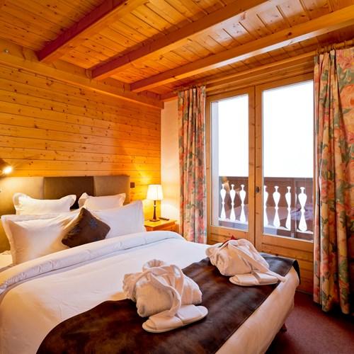 Hotel-Les-Flocons-Courchevel-France (37).jpg