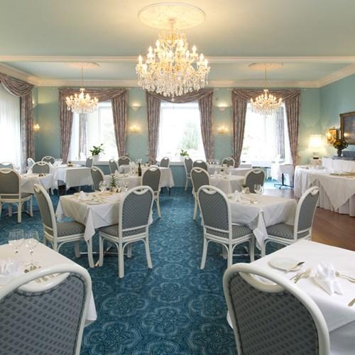 Hotel Wengener Hof-Wengen-dining room.jpg
