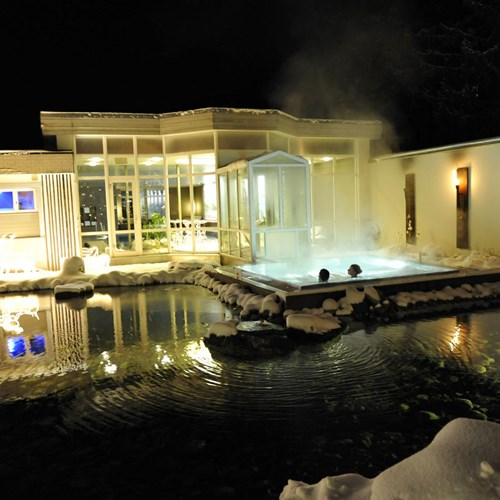 Hotel Belvedere-ski accommodation in Grindelwald-garden and outdoor hot tub