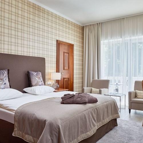 Hotel Das Alpenhaus, ski hotel in Bad Hofgastein, ski Austria, hotel room