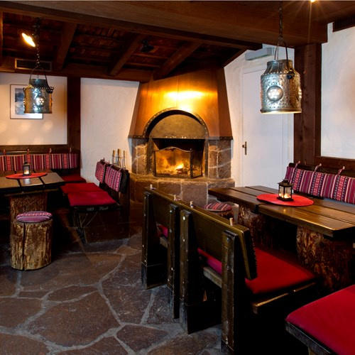roaring fire and lounge of Hotel Silberhorn Wengen, Switzerland