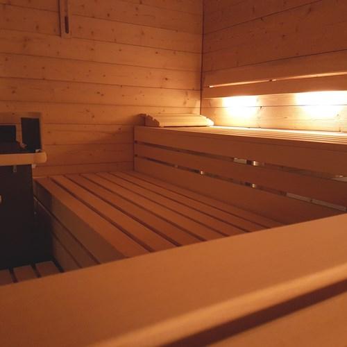 Hotel Wengener Hof-Wengen-sauna.jpg