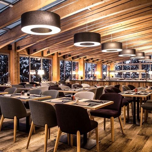 Le Pic Blanc-Alpe d'Huez-restaurant.jpg