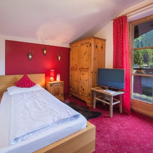 Hotel Gamshof-kitzbuhel ski accommodation-single room