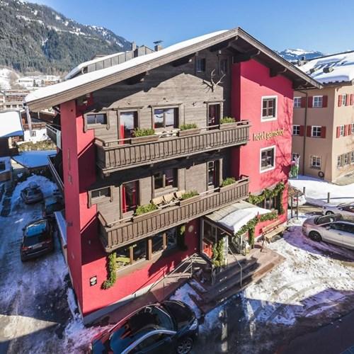 Hotel Gamshof-kitzbuhel ski accommodation-exterior of hotel
