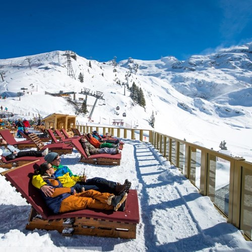 Trubsee Alpine Lodge-Engelberg ski resort-sun loungers on the terrace