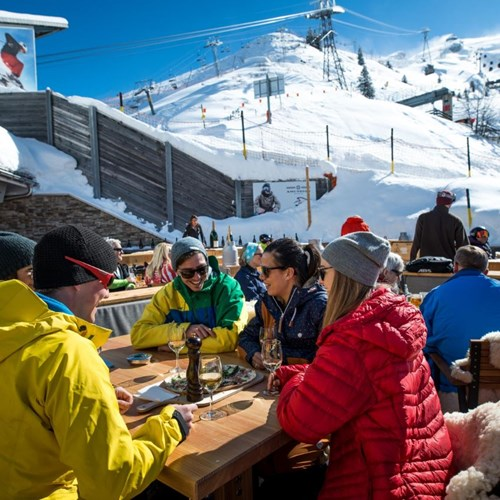 Trubsee Alpine Lodge-Engelberg ski resort-eating al fresco