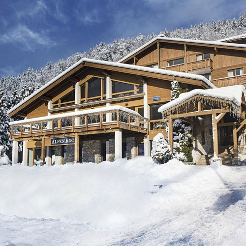 Hotel Alpen Roc-La Clusaz-France-exterior in snow