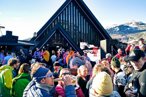 end of season apres ski party in Hemsedal ski resort-ski in Norway